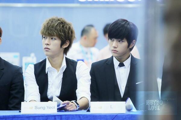 131011 INFINITE Taiwan Samsung galaxy event - Myungsoo yoel