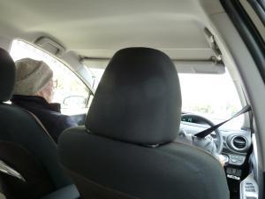 兄の車の中