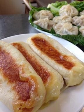 ショーロンポーと米粉のハムチーズ