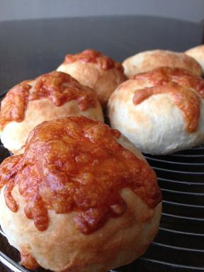 米粉のダブルチーズパン