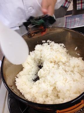 米がたけた