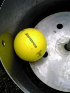 『T』マークのボール