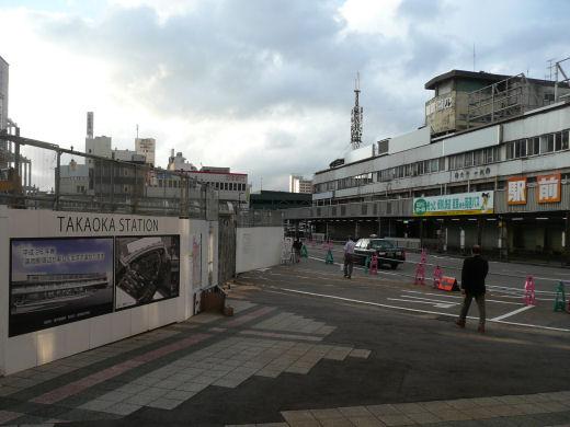 jrtakaokastation130802-2.jpg