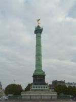 月革命の記念柱