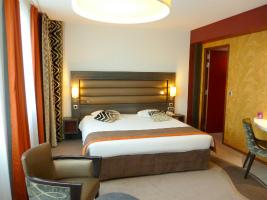 リヨンホテル1