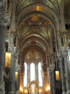 ノートルダム・ド・フルヴィエールバジリカ聖堂内
