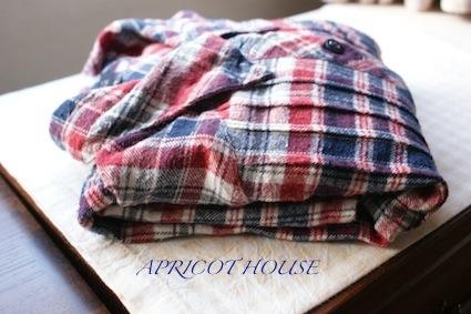 140209ロングシャツ畳