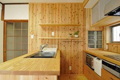 キッチン横から400
