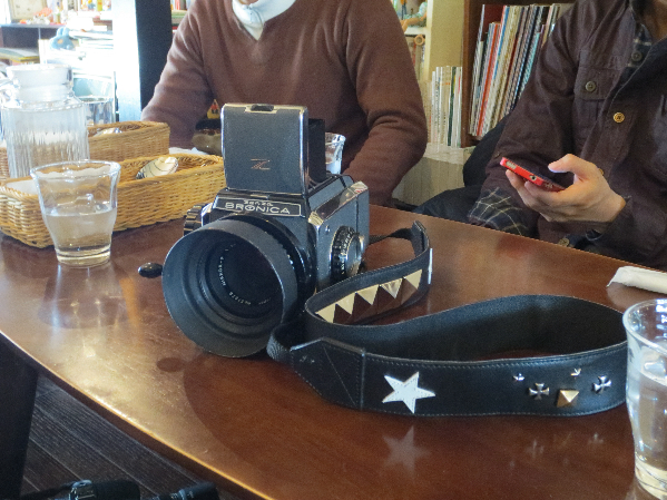京都 カメラ&ストラップ c