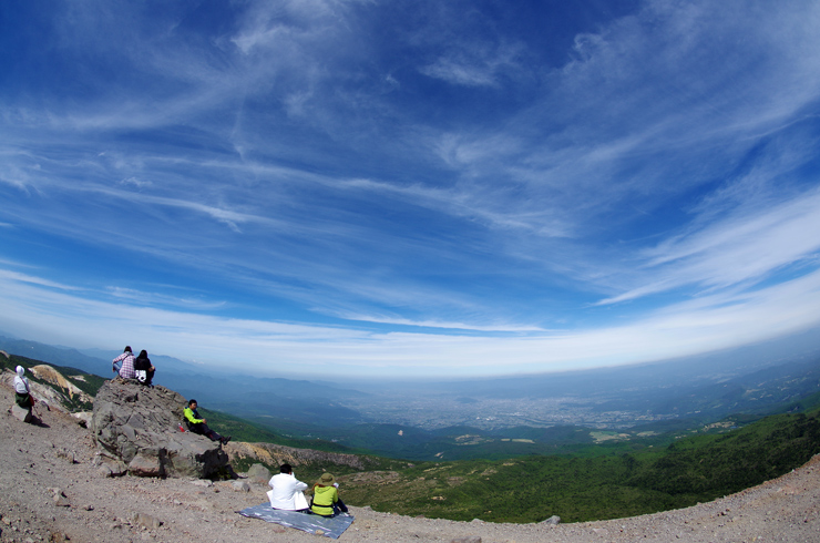 吾妻小富士山頂にて