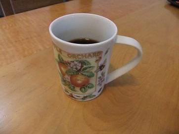 マグカップ付きコーヒー