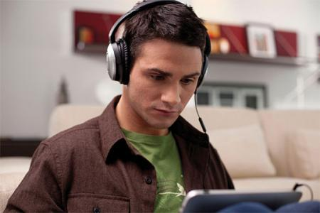 Bose-QuietComfort-15-1.jpg