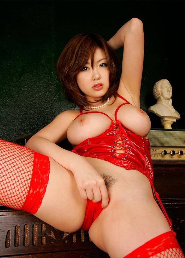 エロ画像 マン毛 ヌード 全裸 爆乳 Hカップ 浜崎りお 巨乳