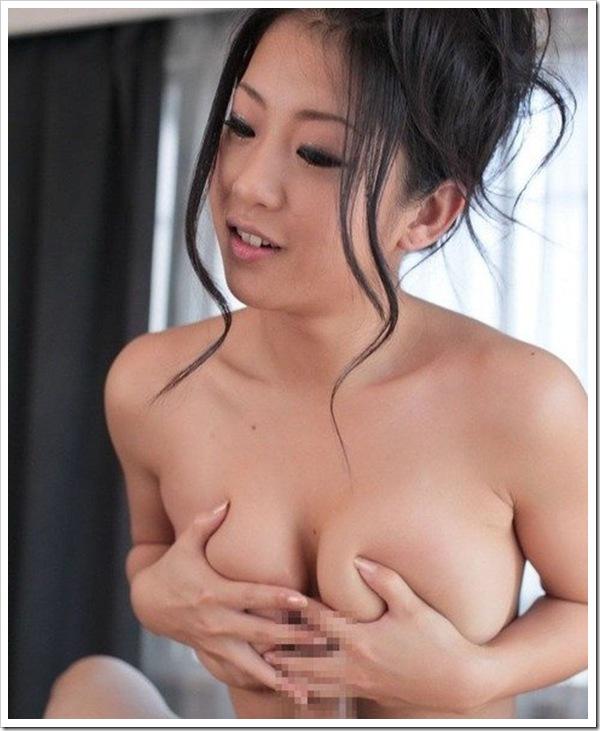 【パイズリ】巨乳おっぱいギャルの陰部尺八