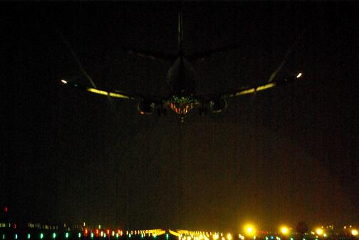 伊丹飛行機11月3日