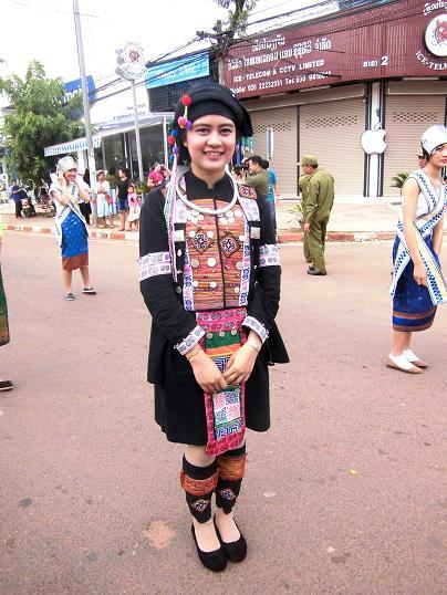 9 絵画教室23回目・タートルアン祭り民族衣装揃い踏み (93)