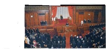 新憲法制定の帝国議会