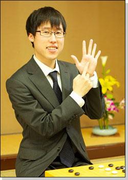 井山裕太6冠