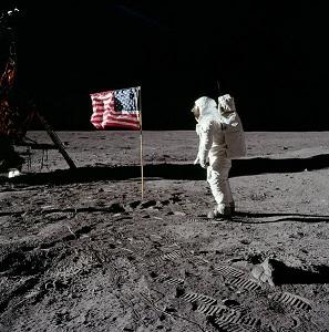 月面に降り立つオルドリン