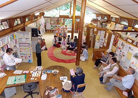 図書館見学会2013-03