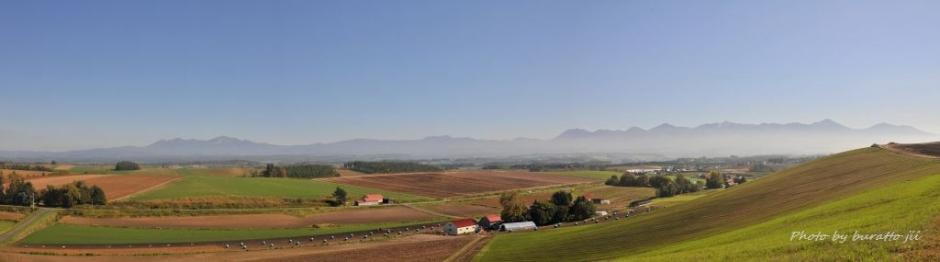6HKD_美瑛町の丘panorama3枚
