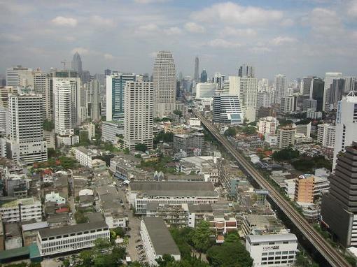 大都会 バンコク