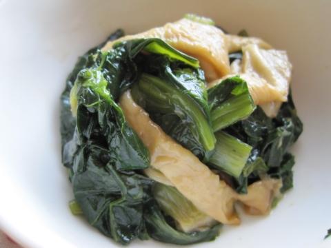小松菜と板麩の炒め煮