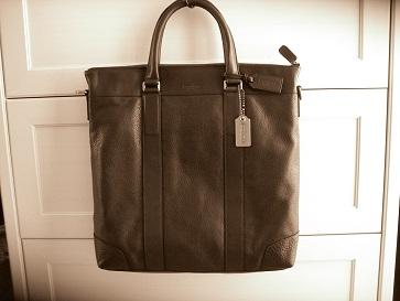 夫のかばん