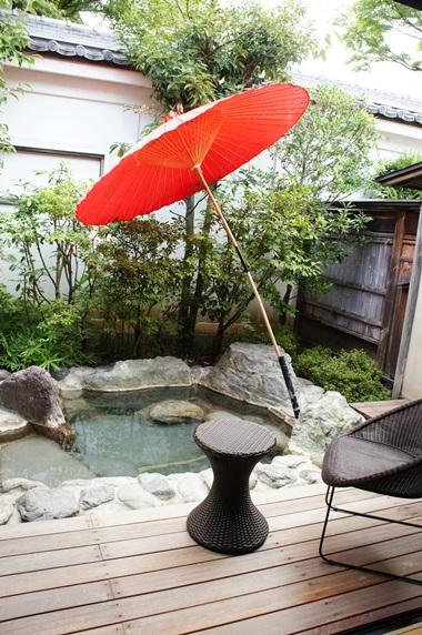 お庭の露天風呂