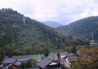 紅葉が始まった庄川郷