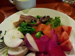 赤大根とあやゆめき(かぶ)のサラダ