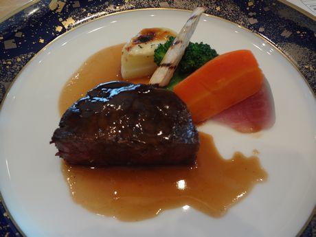加藤肉料理3