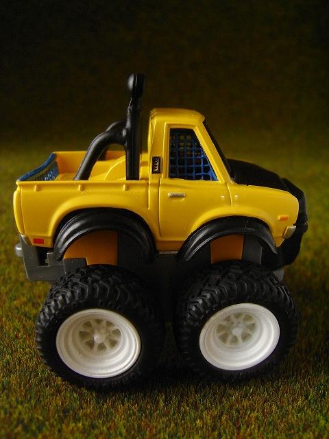 datsun620-MonsterTruck2.jpg