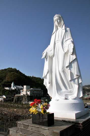 神ノ島教会大マリア像