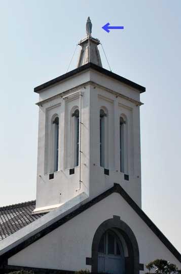 出津教会塔上のマリア像