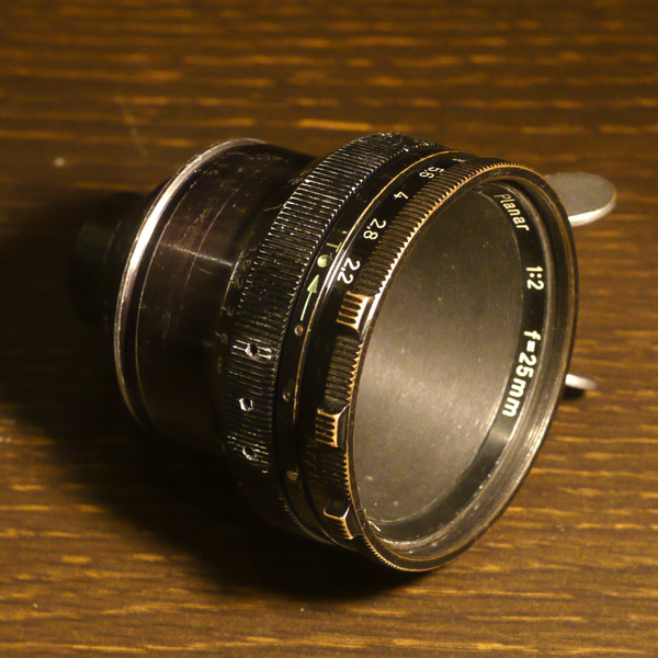 Carl ZeissPlanar 25mm f2