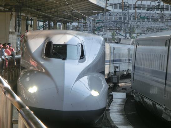 東京駅16番線