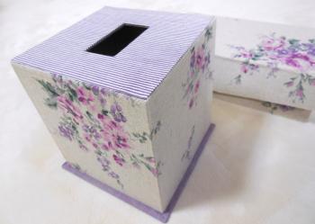 カルトナージュティッシュボックス