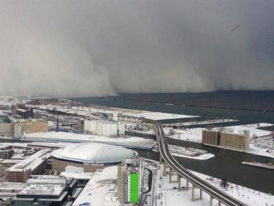 10665828_1596891610533934_ニューヨーク州バッファローの湖水効果雪