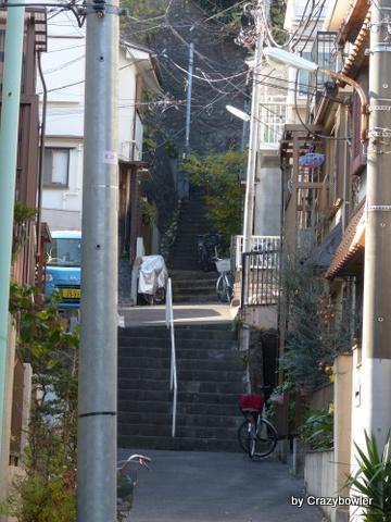 岸町2丁目の階段(北区)