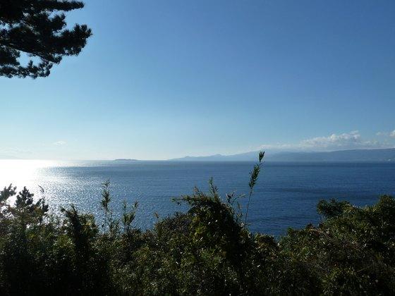 真鶴岬から伊豆方面を望む