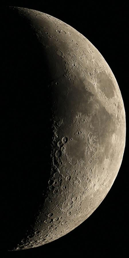 20141029-moon-reg8c-100EDV.jpg