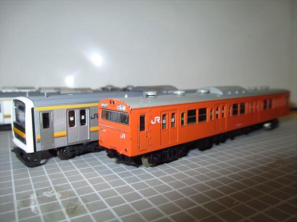 209系と103系に貼り付け完了
