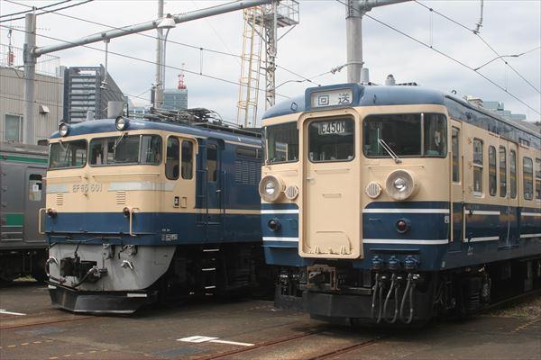 EF65501と115系訓練車