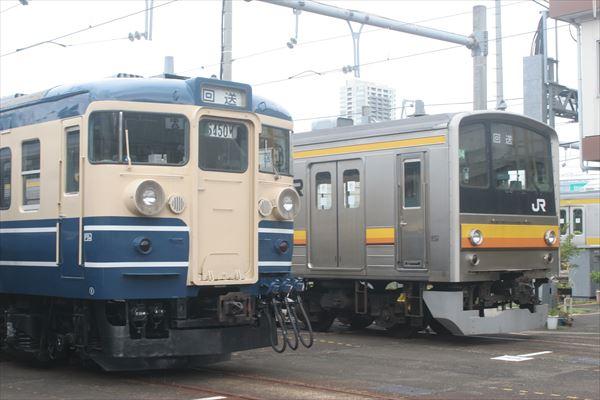 115系訓練車とナハ34編成