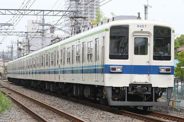 8000系 野田線カラー