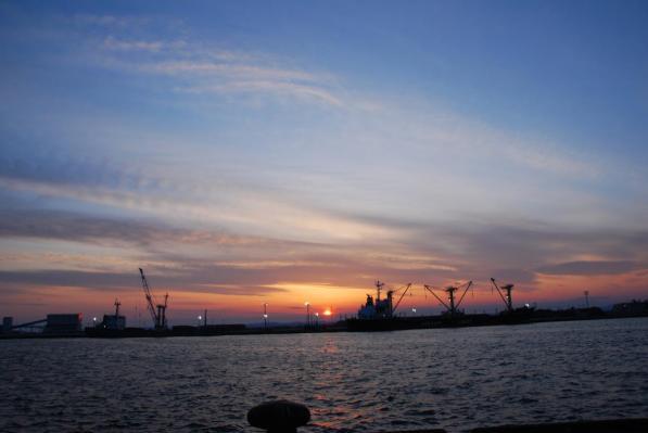 釧路 西港からの夕日