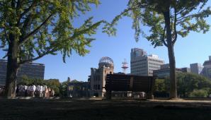 20131001_平和記念公園から原爆ドーム