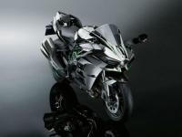 2015-Kawasaki-Ninja-H2-003-640x480.jpg