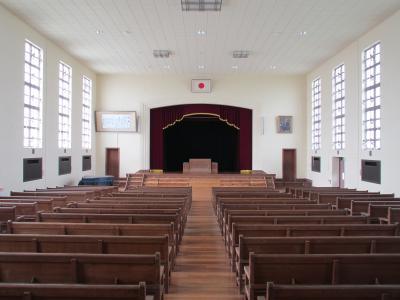 豊郷小学校の講堂